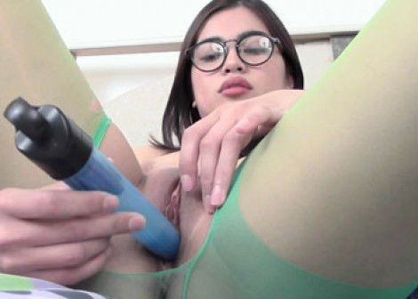 Margarette does a toy in her pantyhose