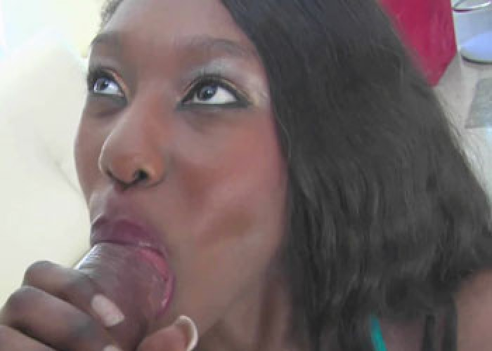 Ebony slut Faith takes it in the ass