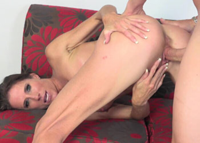 Horny cougar Sofie Marie's getting laid